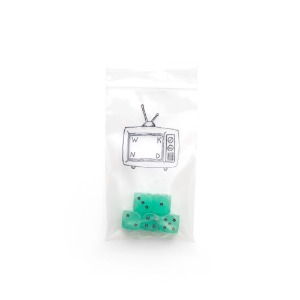 GLOW IN DARK DICE