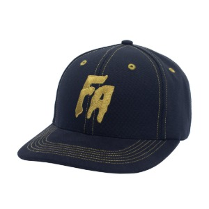 Seduction Of The World Strapback - Black/Gold